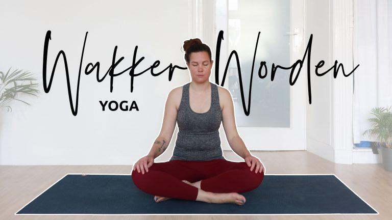Opstaan met rustige yoga