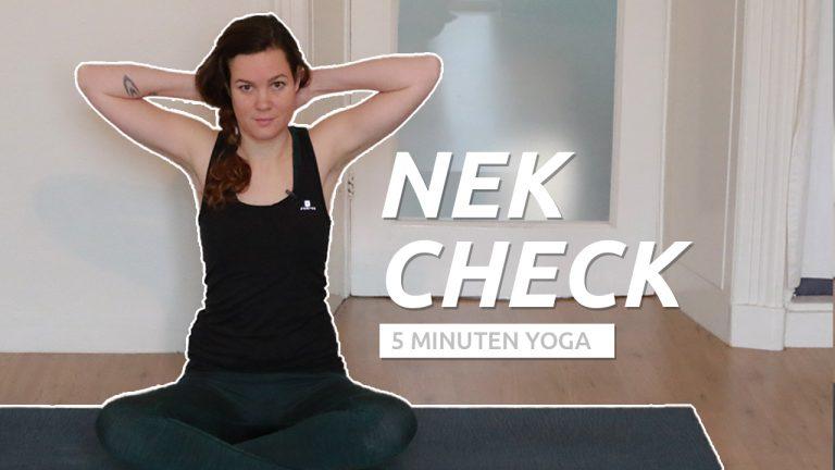 Snelle yoga bij nekpijn